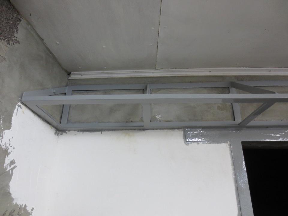 Полка навесная в гараж своими руками из металла 3