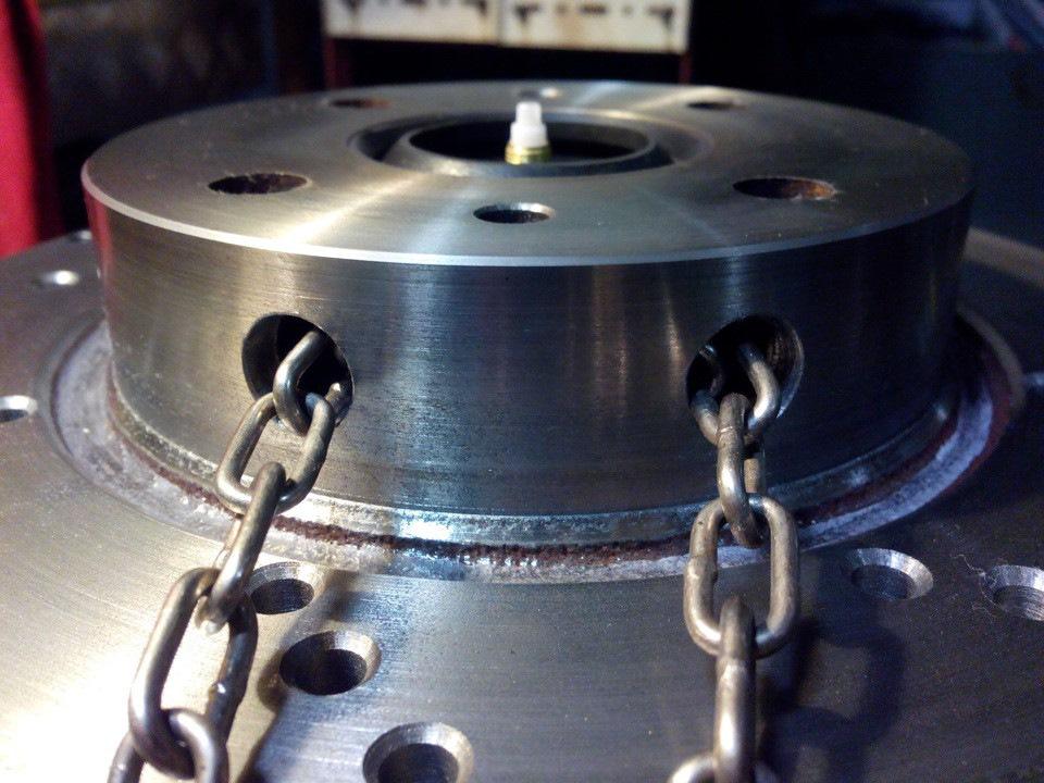 Часы из тормозных дисков