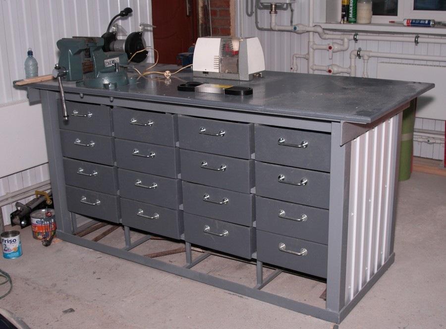 Стол верстак для гаража своими руками 211