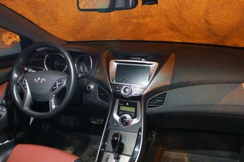 hyundai elantra 2012 как снять консоль