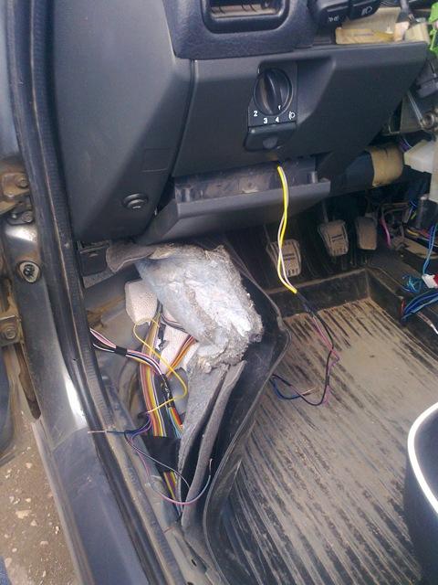 Установка противотуманных фар на Polo sedan бортжурнал Volkswagen