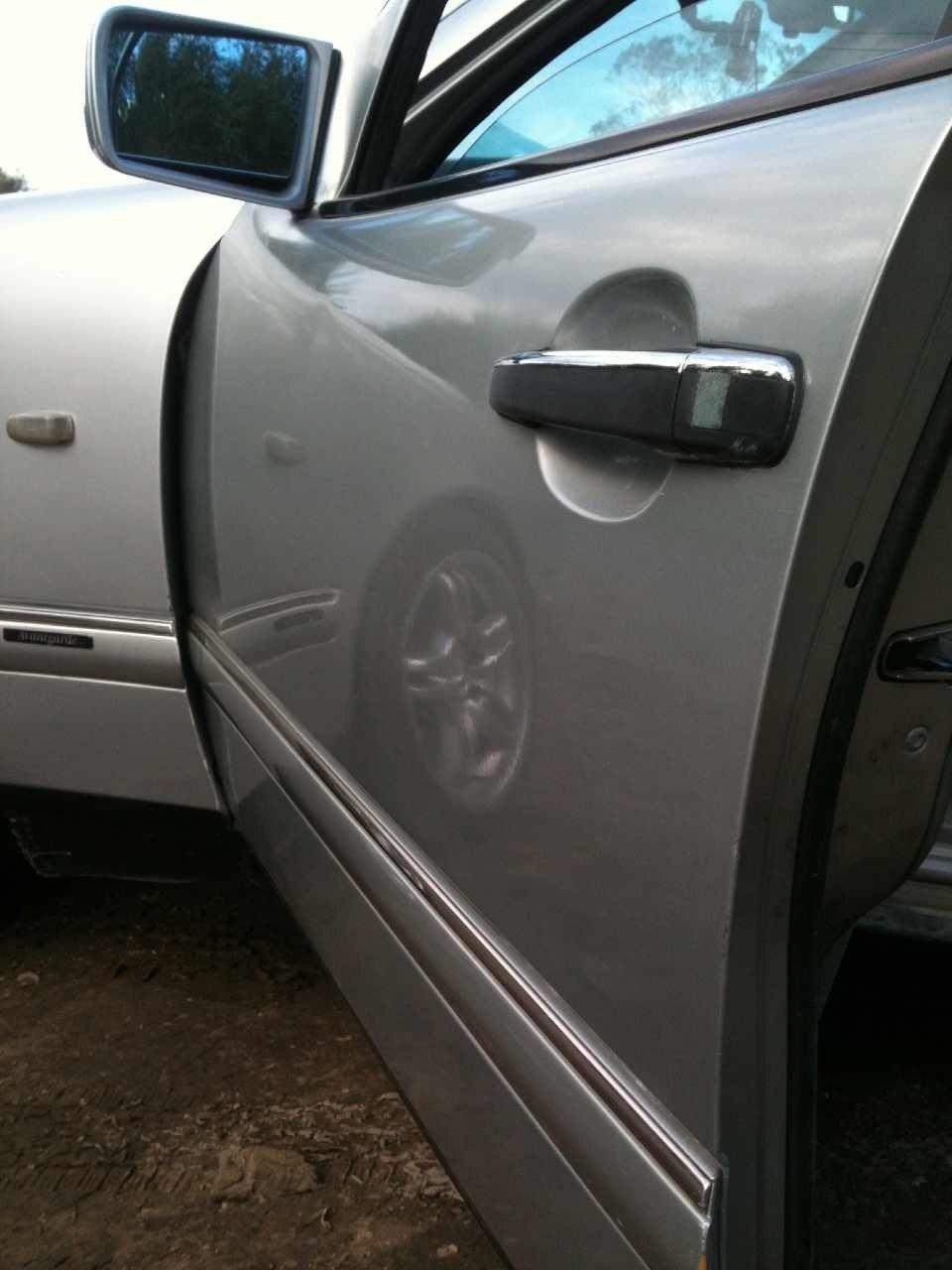 Как покрасить дверь на машине