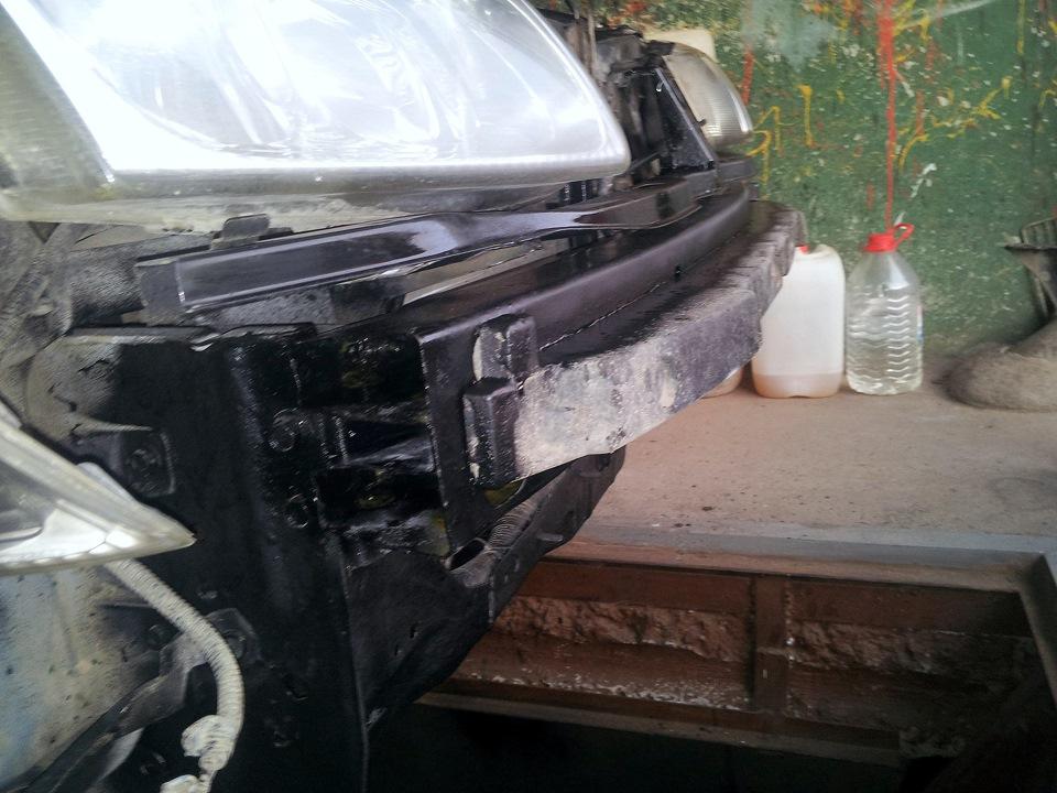 как заменить рамку радиатора на nissan