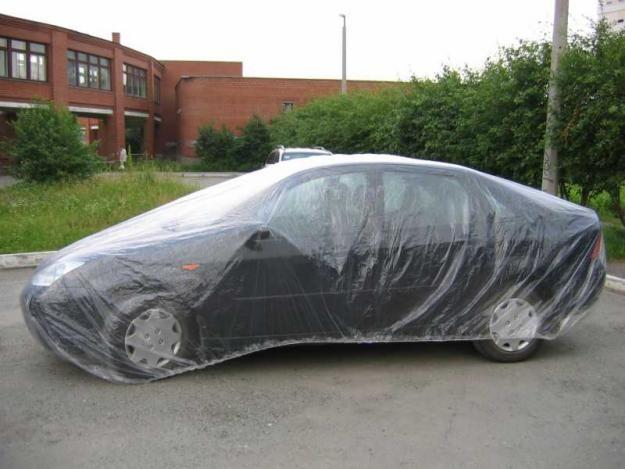 Это возможно, если нанести на кузов автомобиля, прямо поверх лакокрасочного покрытия слой защитной.