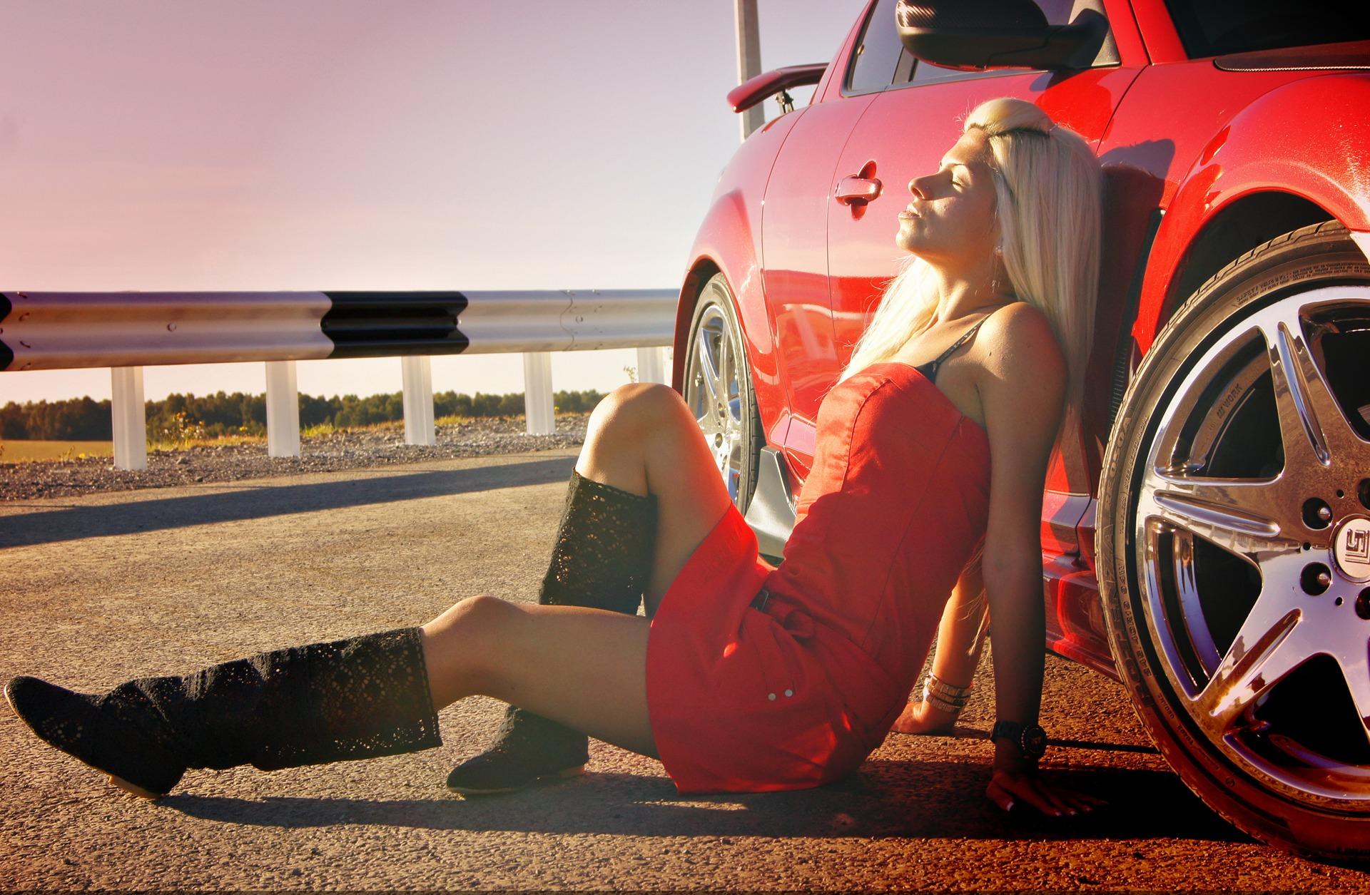 Девушка с автомобилем картинки