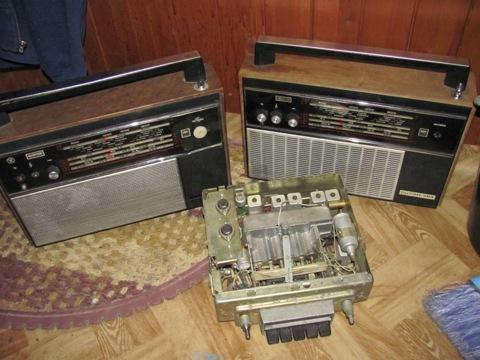 """...в конце января купил на молотке  """"колоночге """" для Ласточки - два радиоприемника  """"Океан-203 """", и чудом оказавшийся у..."""