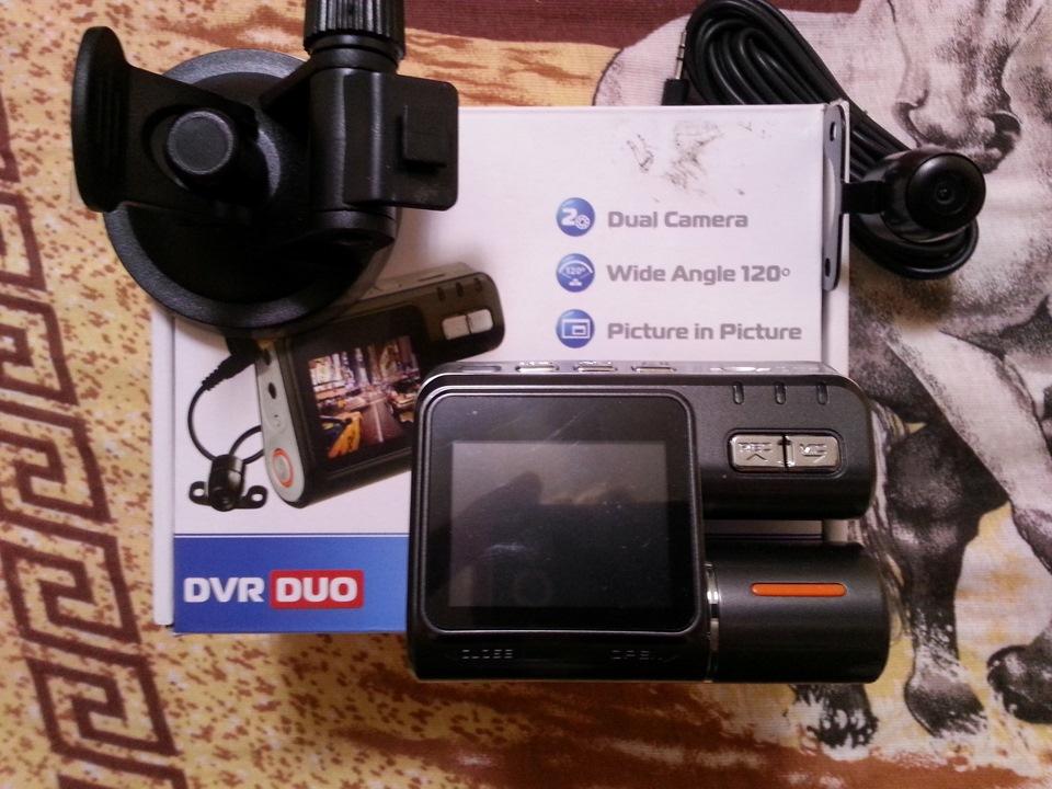 Видеорегистраторы 2012 с двумя камерами