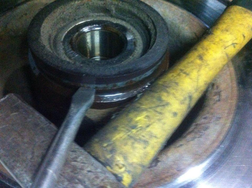 Замена задних тормозных дисков рено меган 2