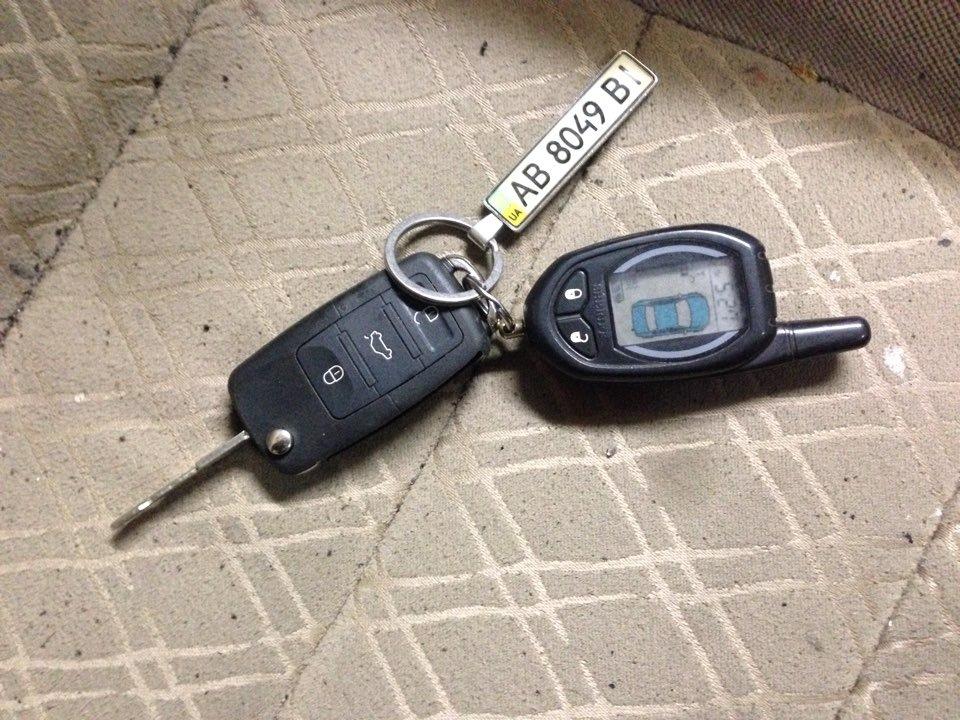 Ключи от чери амулет что может стучать в передней подвеске чери амулет