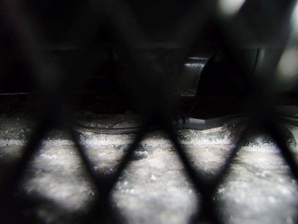 Провода под Жабо