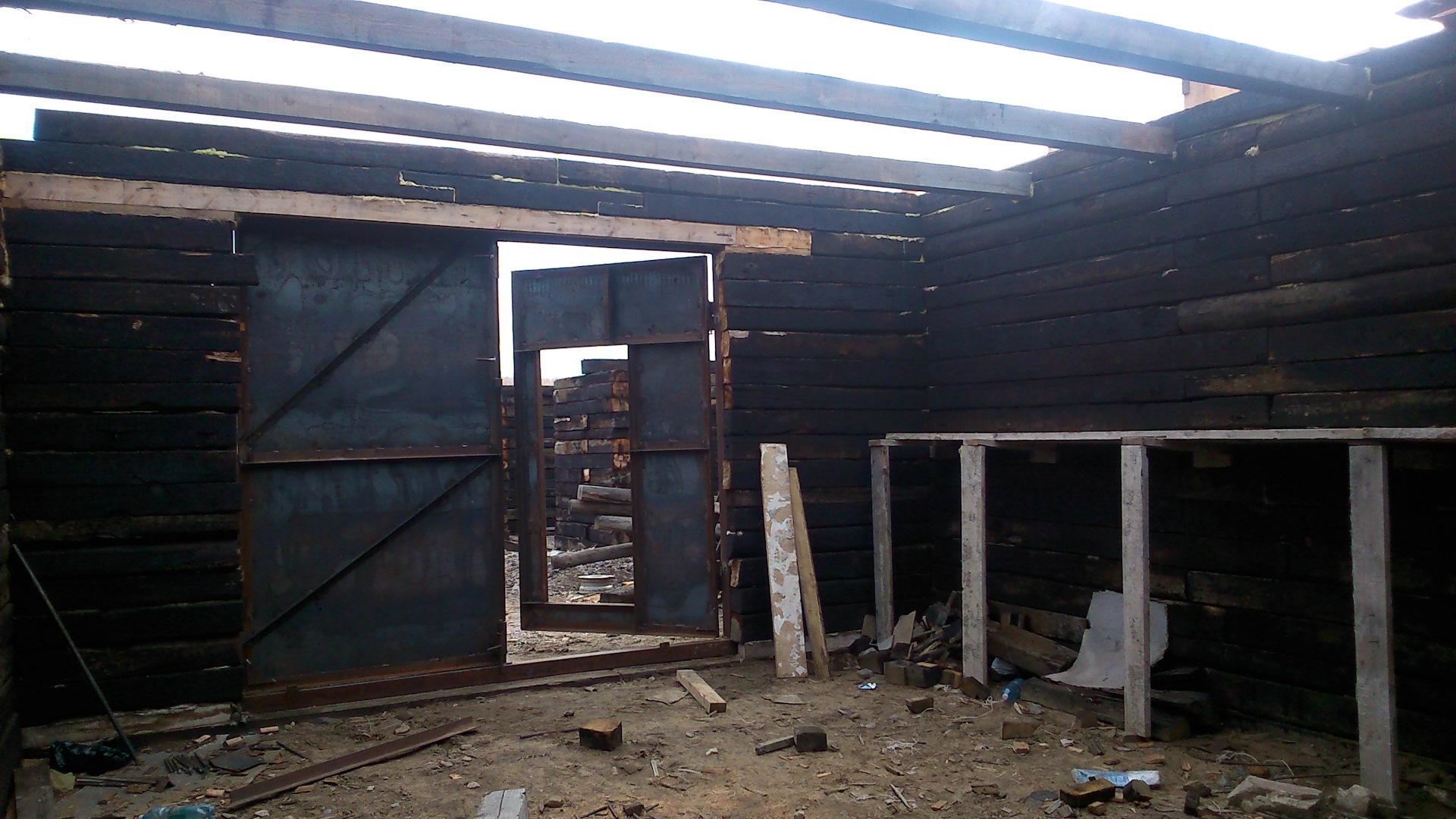строительство гаража из шпал фото консервированные зиму