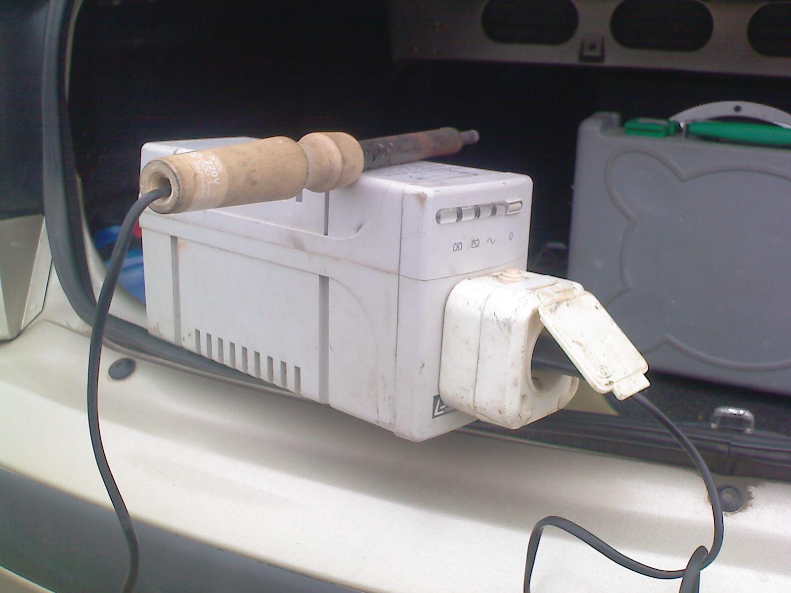 Как сделать 220 вольт в машине фото 713
