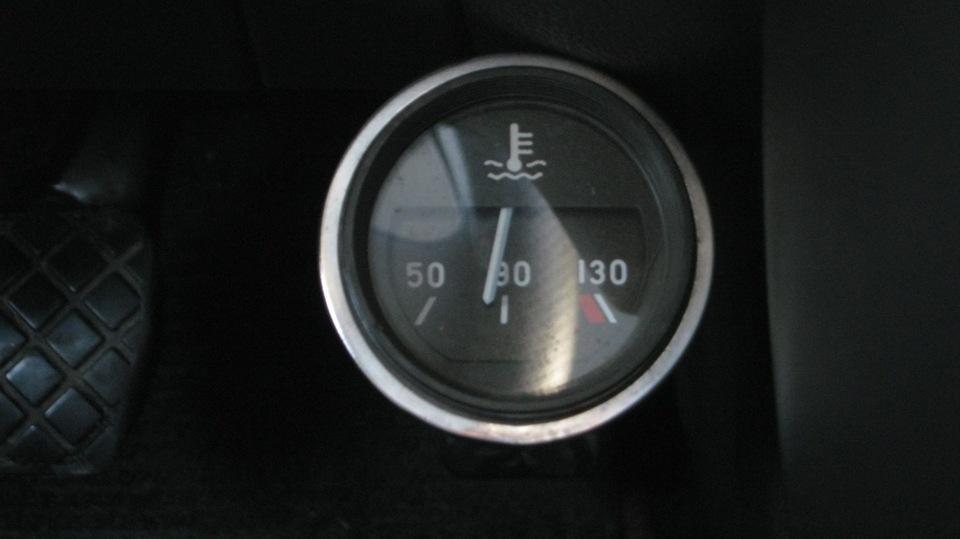 Фольксваген поло где находится датчик температуры