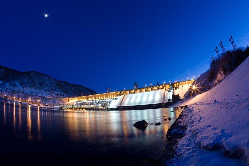 она фото гэс на енисее зимой ночью красноярск они