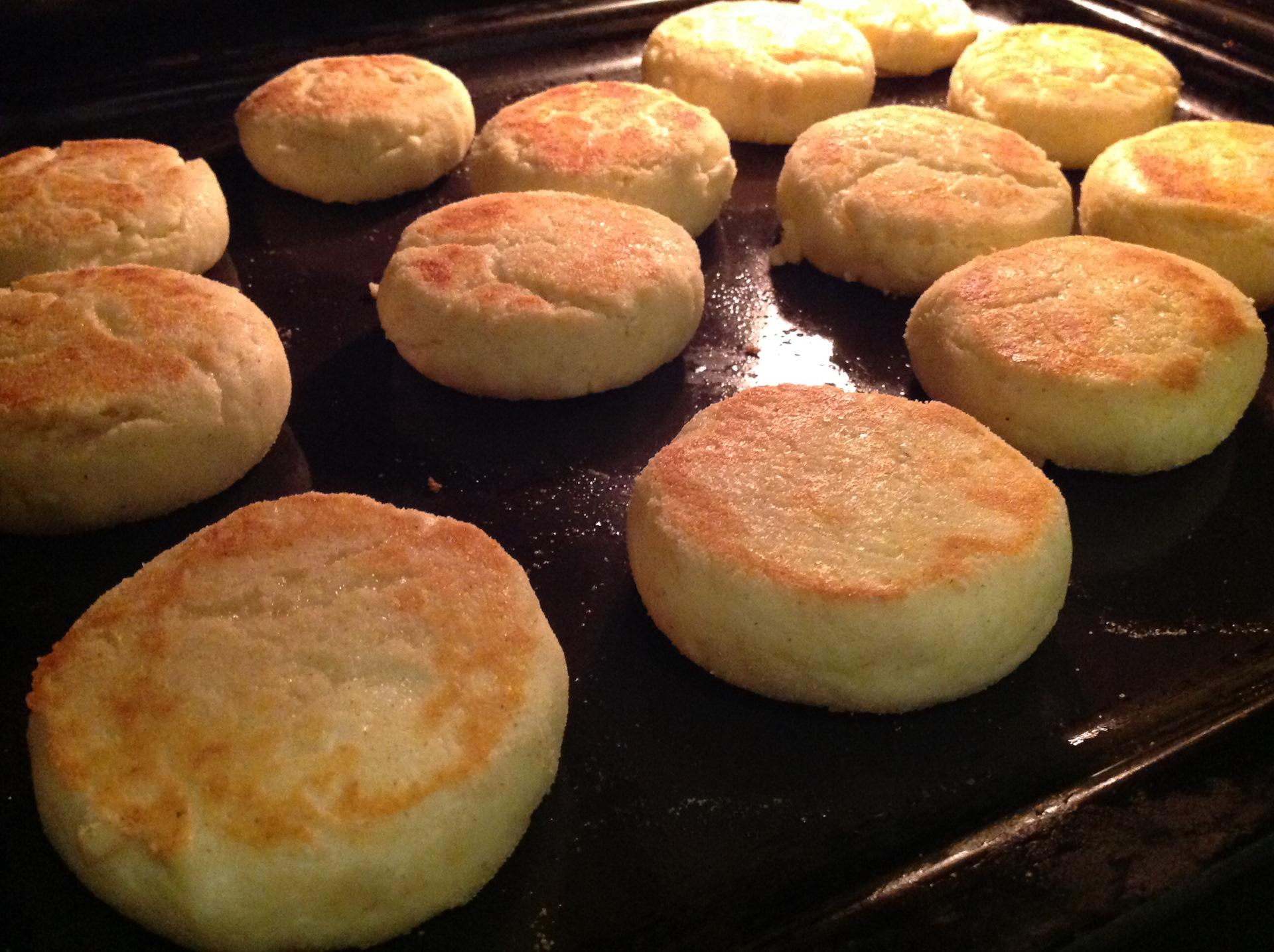 Рецепт сырников в духовке с манкой