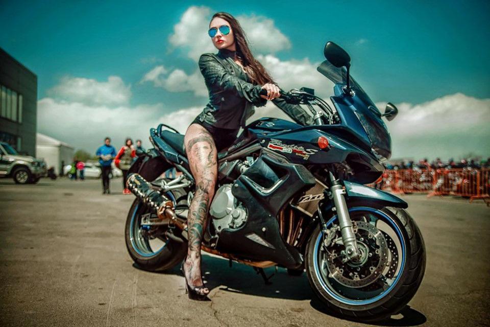 купить профессиональные фото на мотоцикле этот февральский день