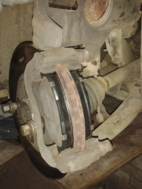 Замена тормозных колодок на пежо 307