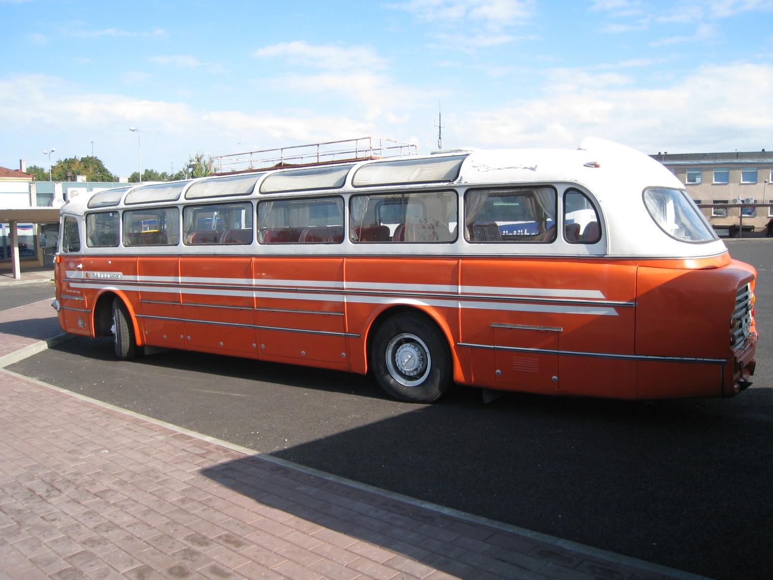 автобусы икарус все модели фото больше всего
