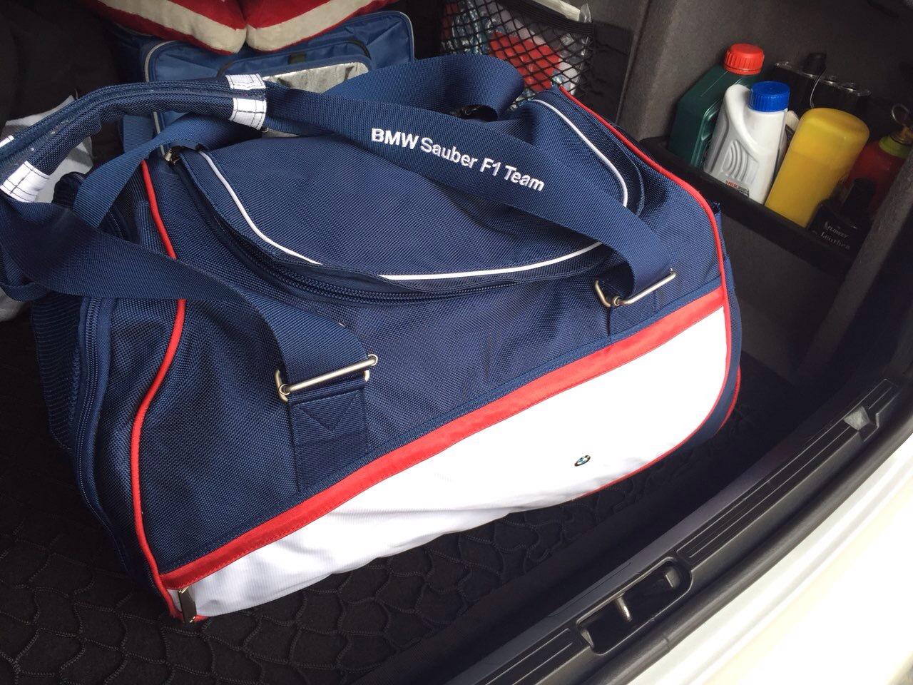 a4353c75a4e5 спортивная сумка bmw sauber F1 Team — BMW 5 series, 2.5 л., 2001 ...