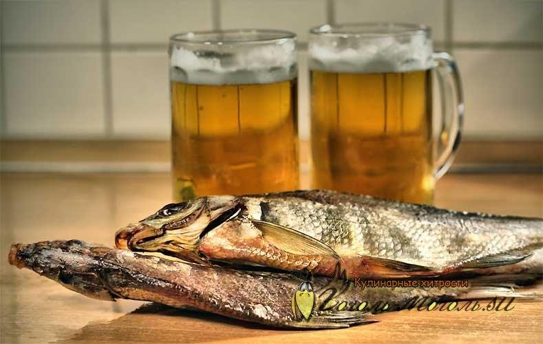 Открытка пиво с рыбой