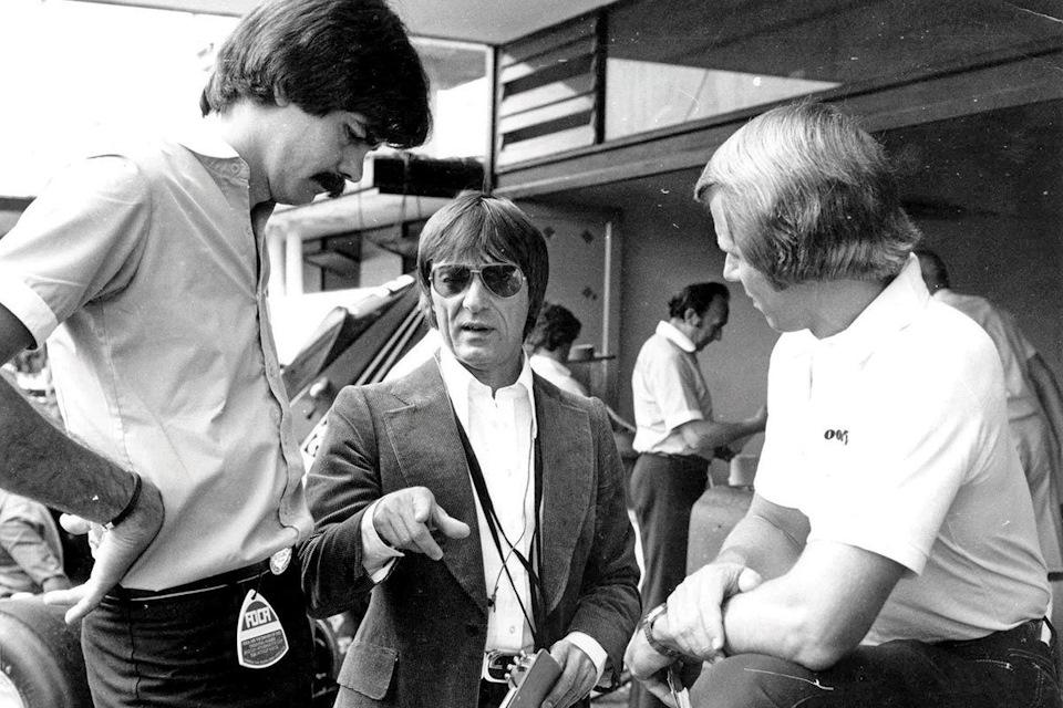 Гордон (на фото слева) вмести с тогдашним боссом Brabham Берни Экклстоуном
