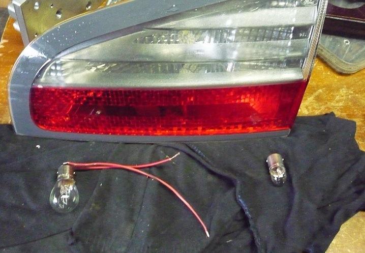 замена лампочки в габарите ford s-max