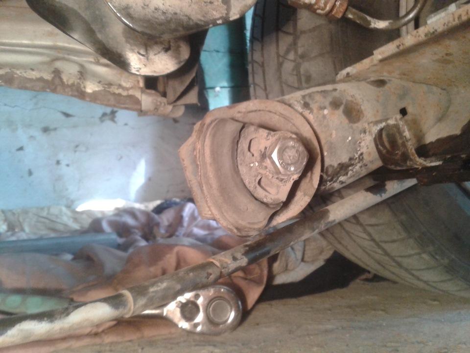 Как заменить сайлентблоки задней балки на чери амулет