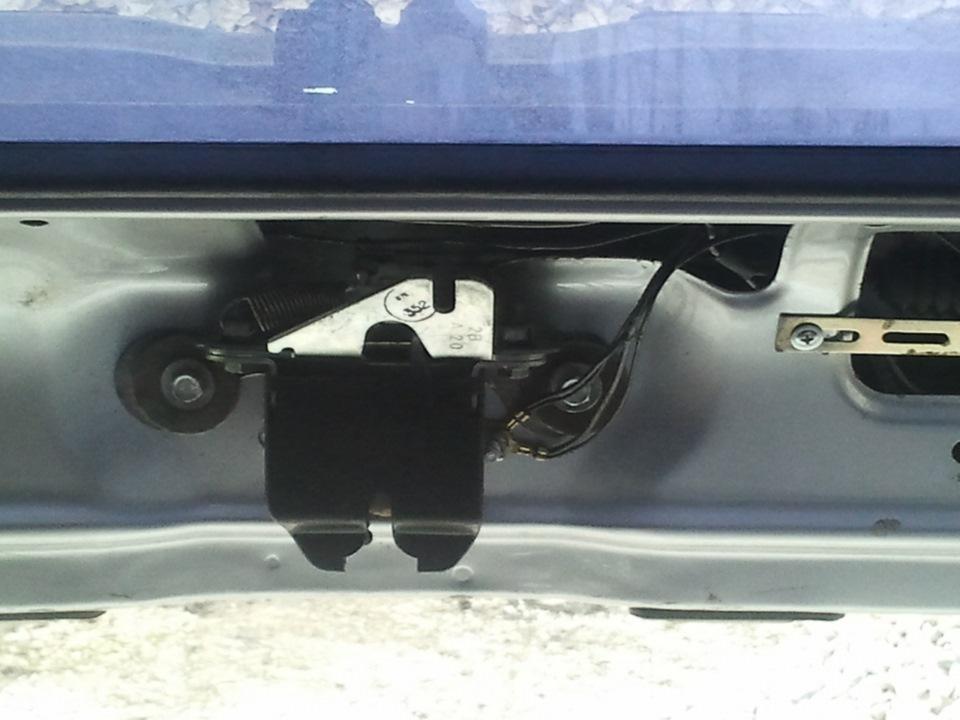 Электропривод багажника 2114