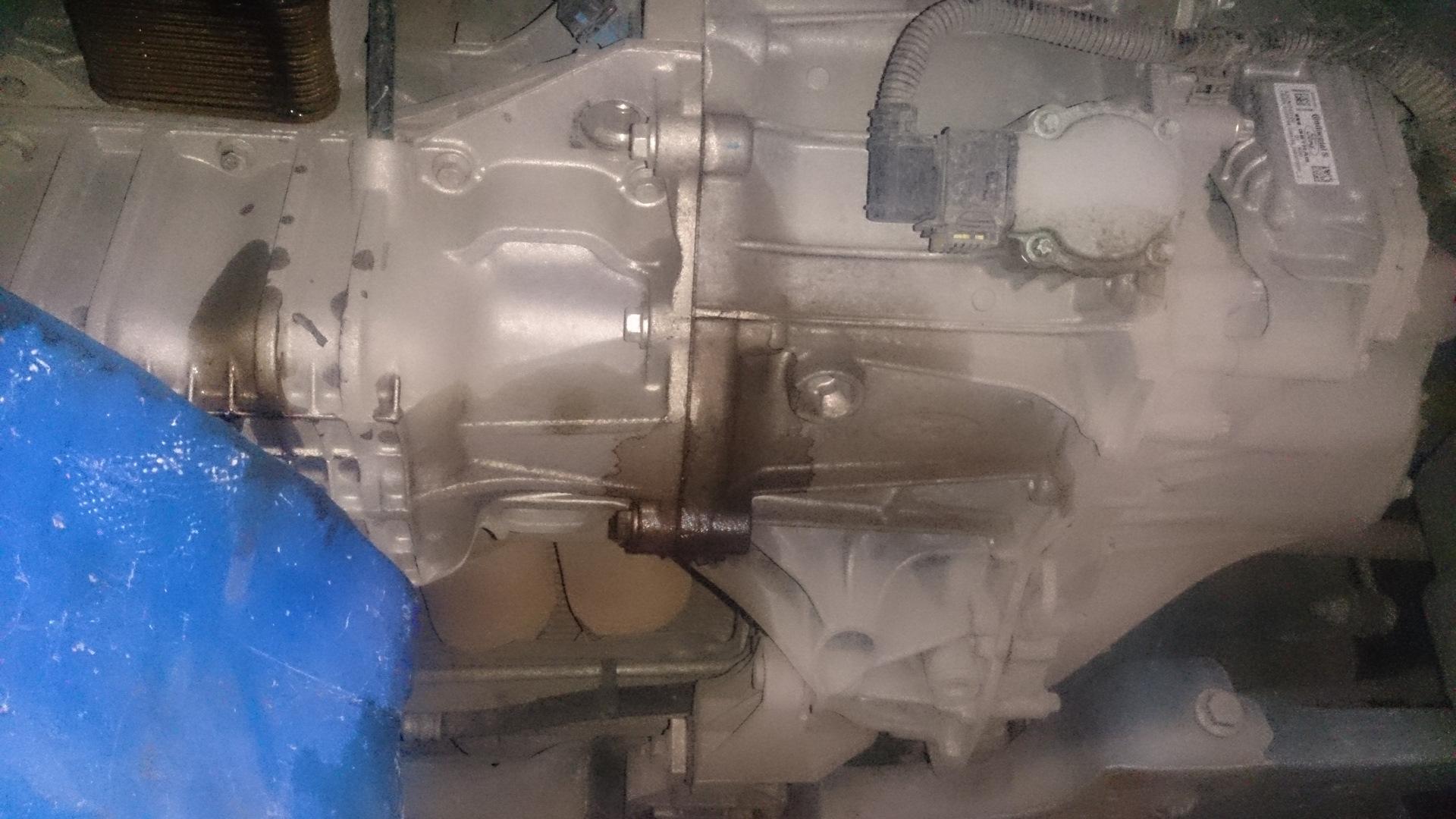 Причины и устранение течи масла между коробкой и двигателем