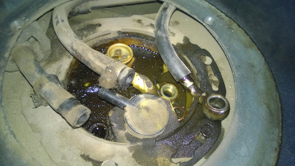 Замена бензонасоса и чистка регулятора холостого хода (РХХ) - бортжурнал Audi 100 2.0 AAD МКС 1992 года на DRIVE2