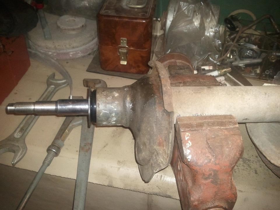 Замена амортизаторов и опор стоек передней подвески. - бортжурнал Volvo 940 RED. Старая Шведка 1993 года на DRIVE2