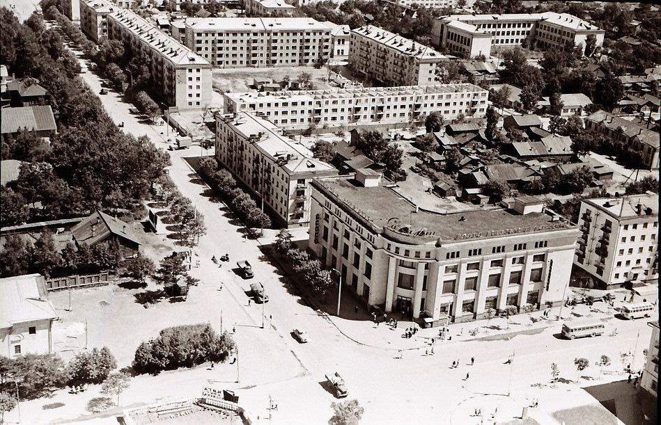 старые фотографии южно сахалинска фейерверк