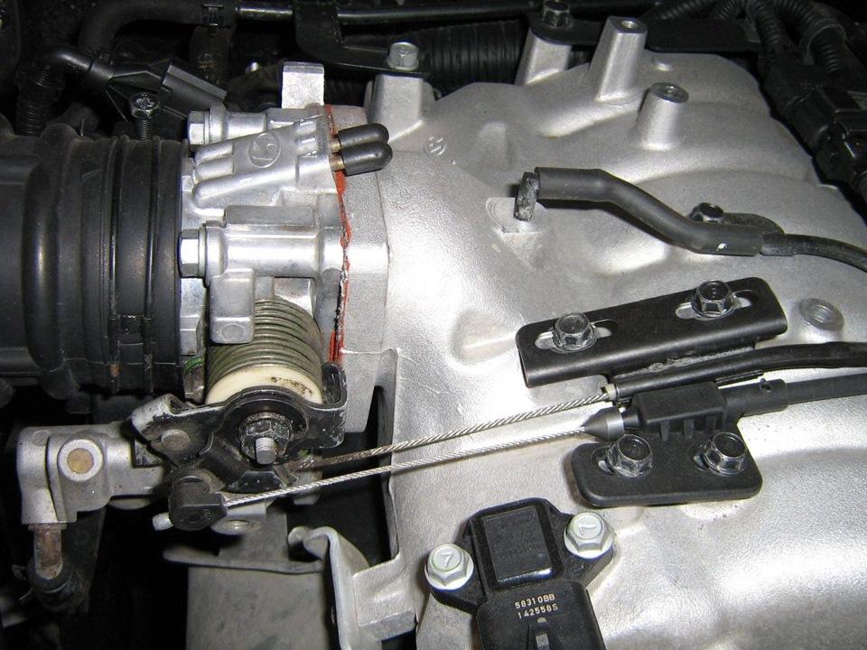 BMW e30 замена тросика газа