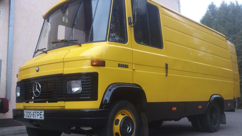автомобиль мерседес-бенц 407