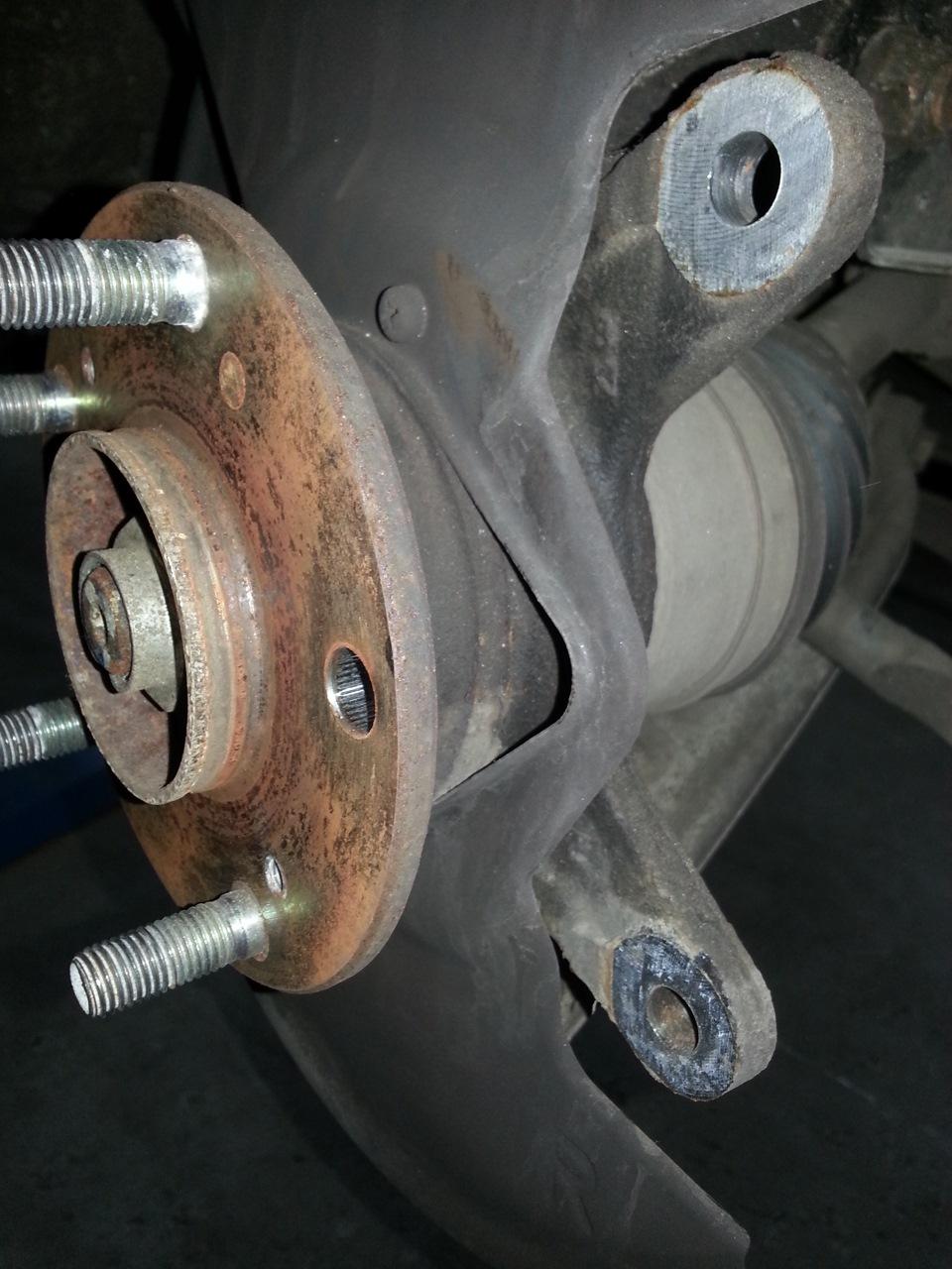 как писали как поменять колесную шпильку на хонда фрид оформления