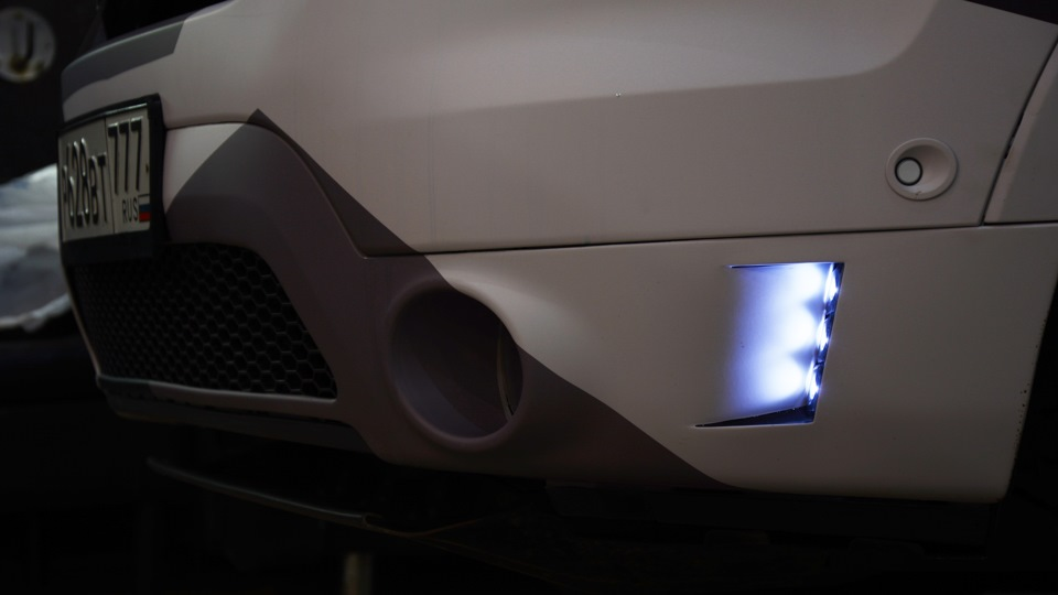 new led lights front bumper and headlights   Ford Explorer ...
