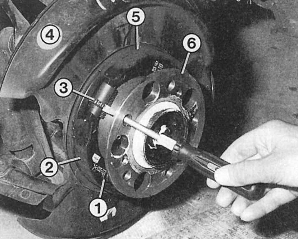 рисунок колодок ручника мерседес 190