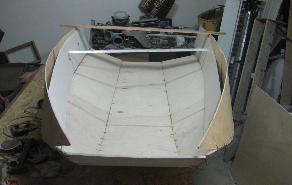 Своими руками склеить лодку