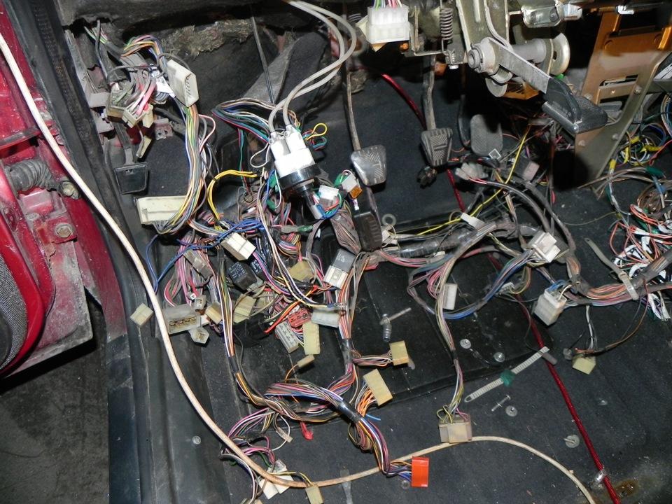 Какой предохранитель отвечает за прикуриватель на ваз 21099 инжектор