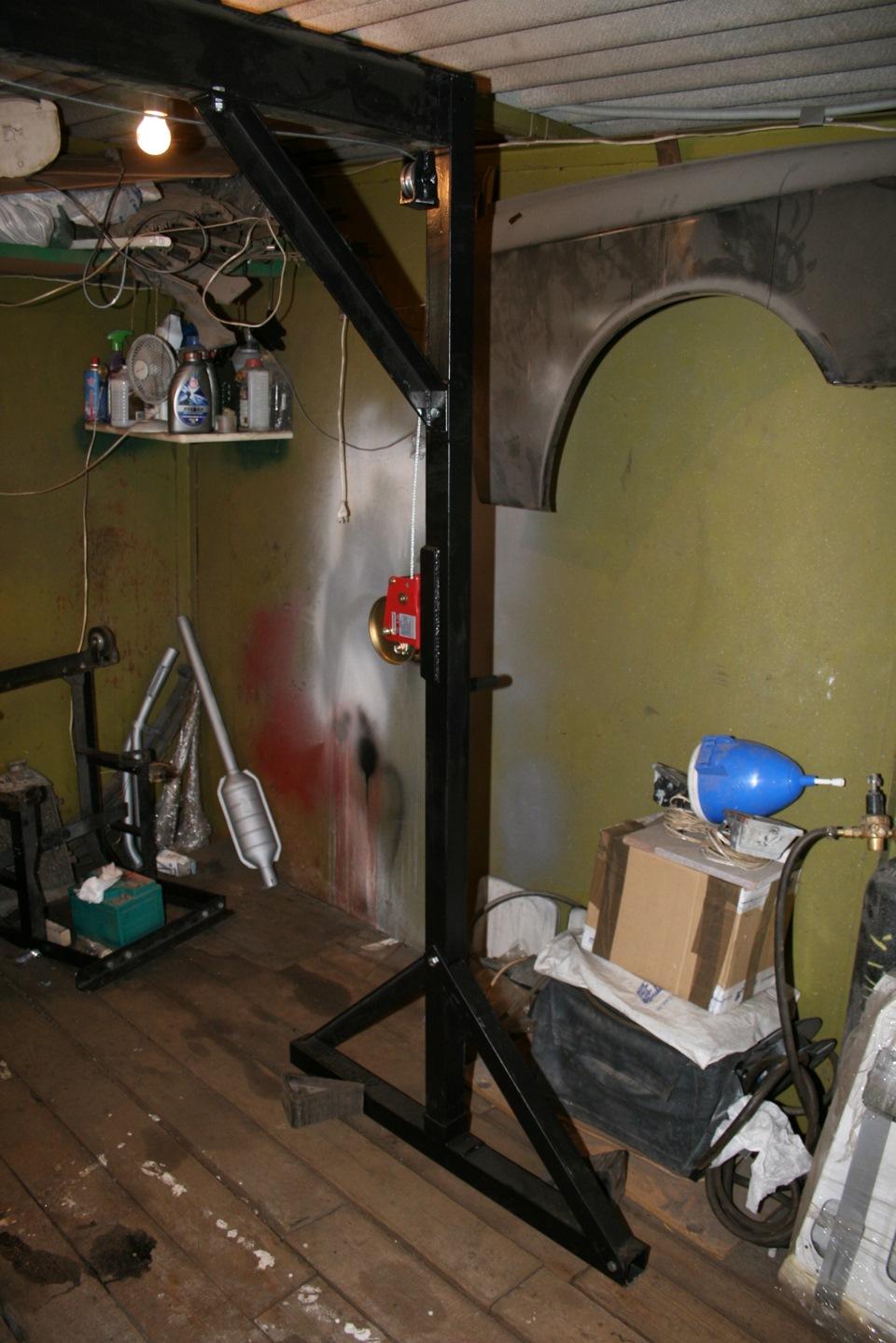 Кран балка в гараже 151