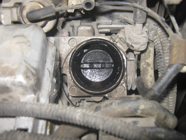 Is there any reason why i could not mount an oil pressure switch here?