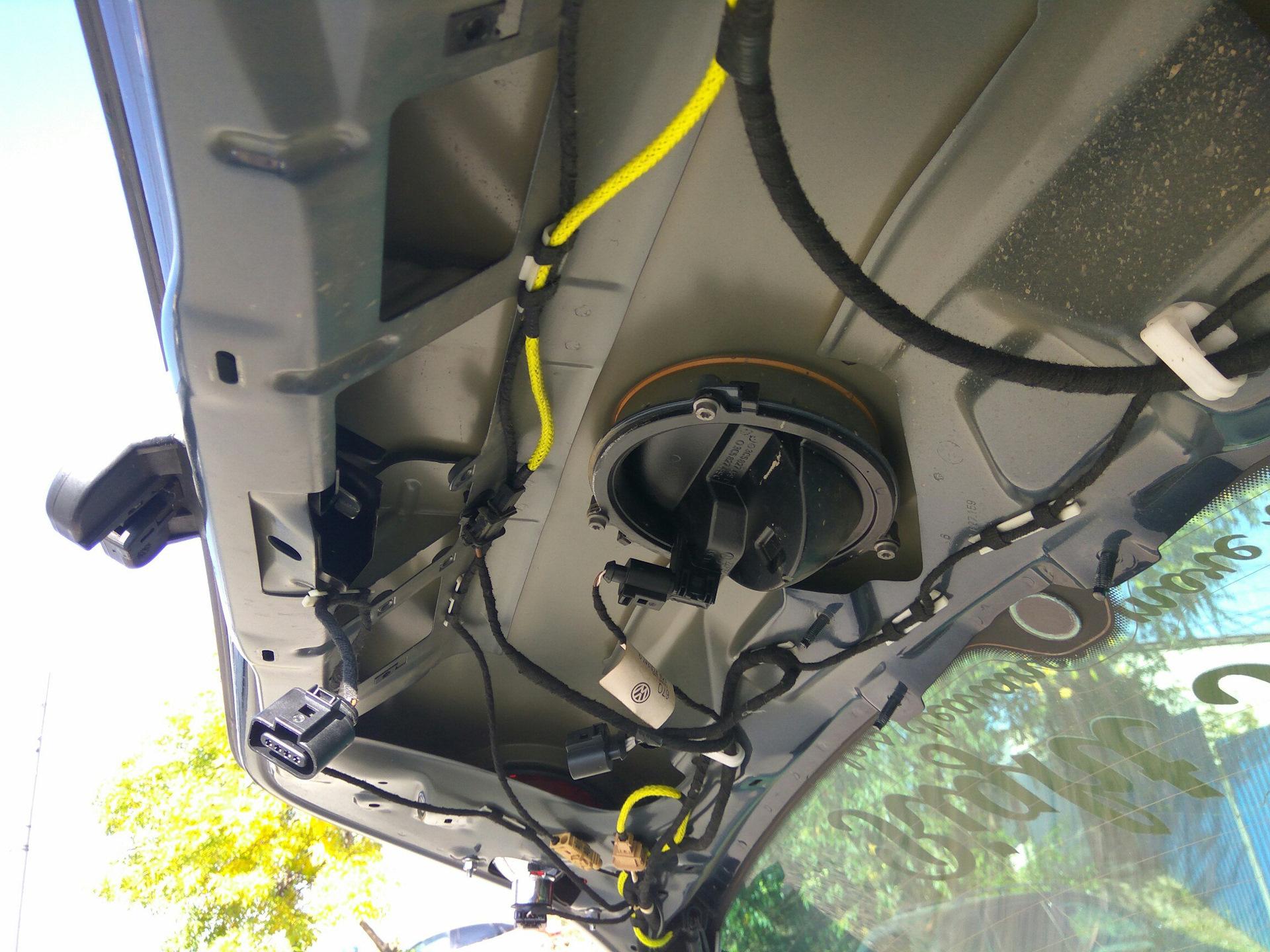 не открывается багажник на фольксваген гольф 5