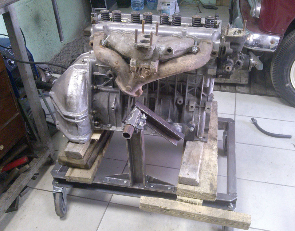 c06b9b9s 960 - Стойка для ремонта двигателя своими руками