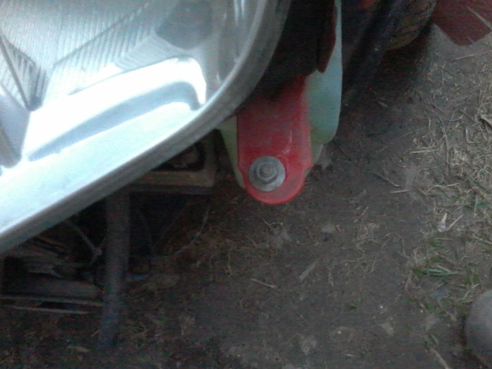 Замена моторчика омывателя фабии Установка противотуманных фар лачетти седан