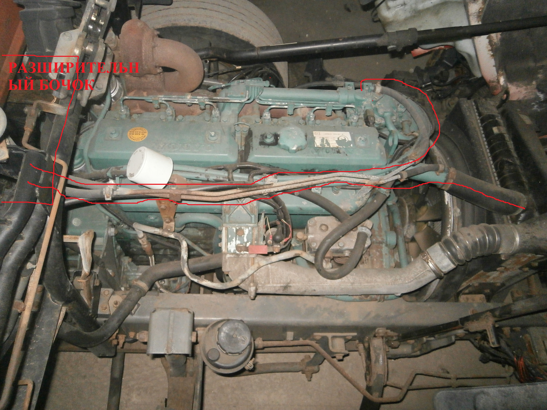 сапун двигателя volvo 2,5т