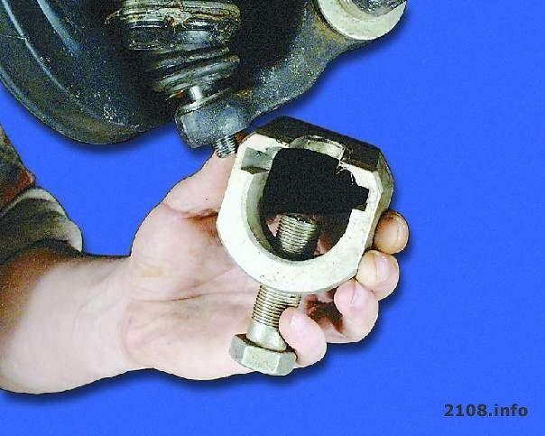 c0d5fc2s 960 - Съемник шаровой опоры приора