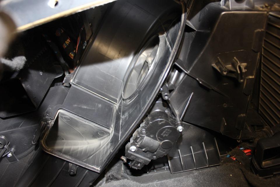 bmw x5 моторчик печки