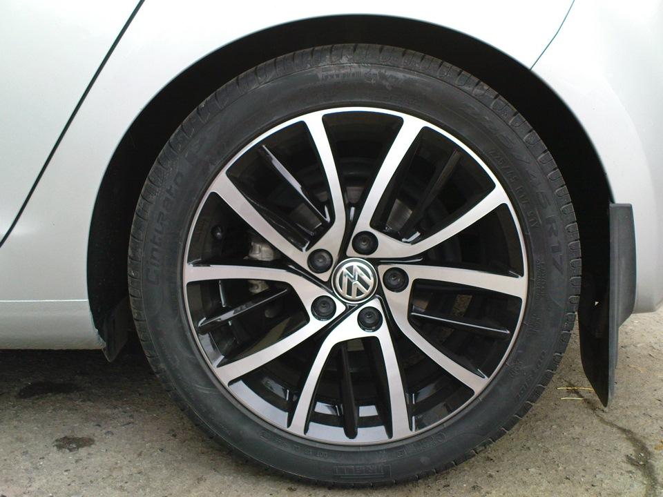vw blade wheels 7 x 17 5x112 et49 pirelli cinturato p7. Black Bedroom Furniture Sets. Home Design Ideas