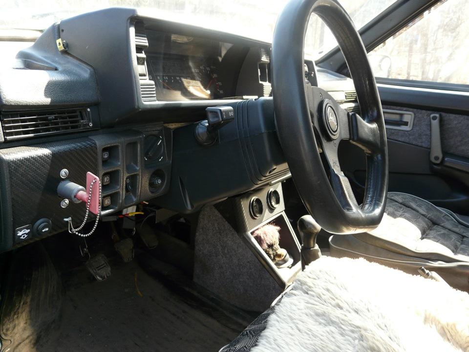 Кожух рулевой колонки ВАЗ 211 нового образца и