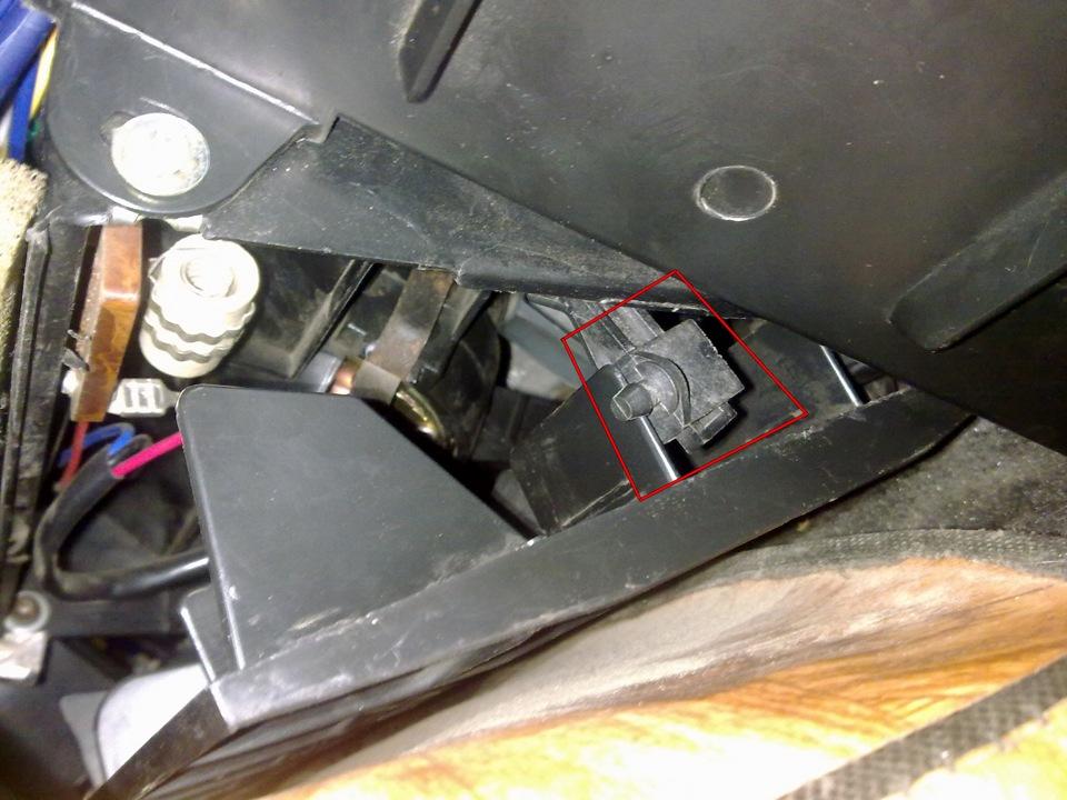 Почему на ваз 2107 печка дует холодным воздухом